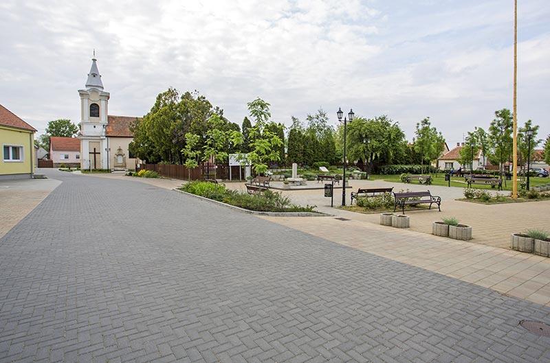 Leier Piazza térkő szürke