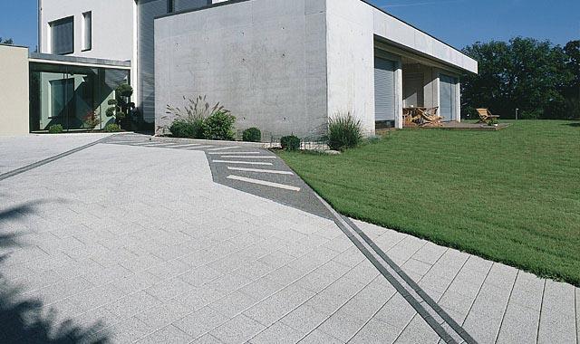 Semmelrock La Linia térkő