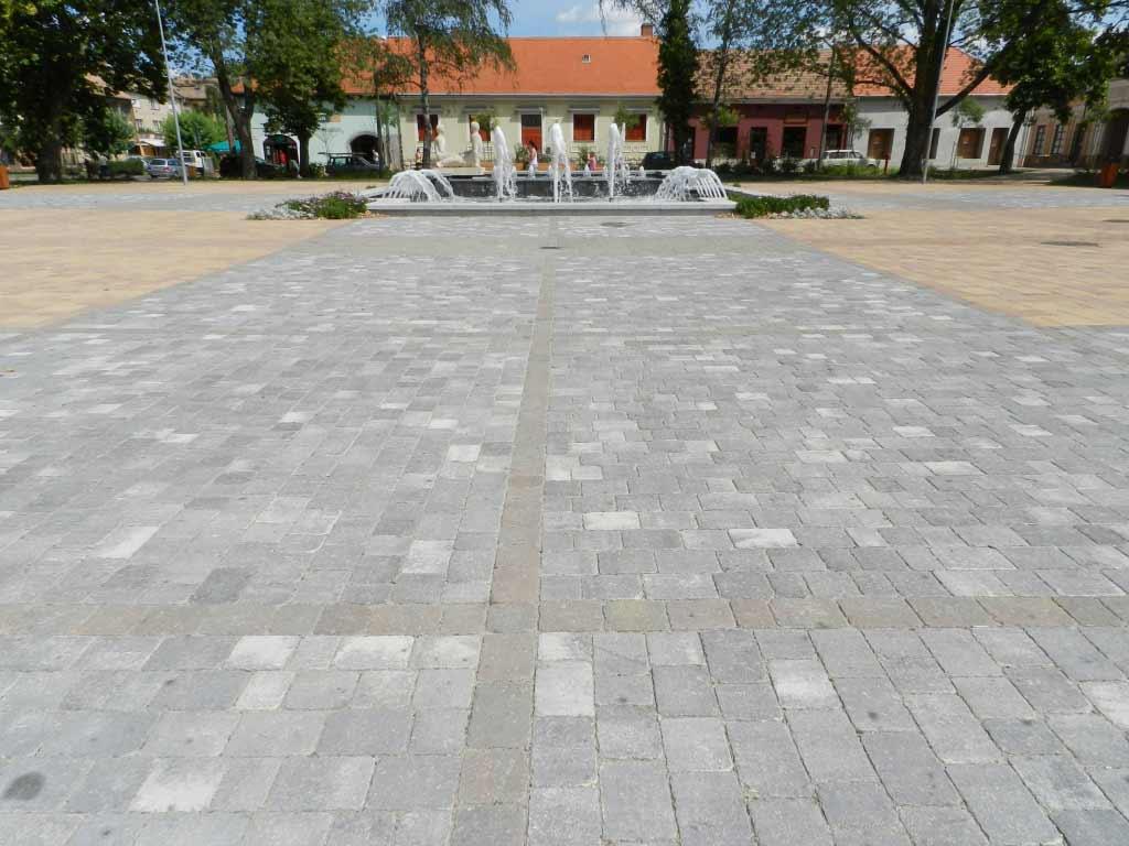 Leier Castrum antik térkő