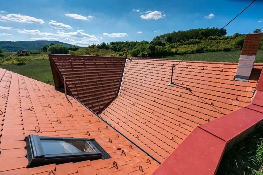 Tondach Pilis Max Íves tetőcserép