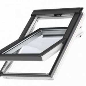 Velux Standard Plus felső kilincses tetőablak